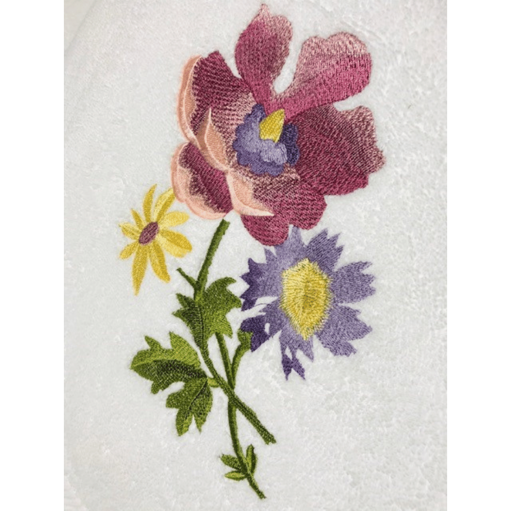 Embroidery Towel With Blossom, Large, 136 x 73CM